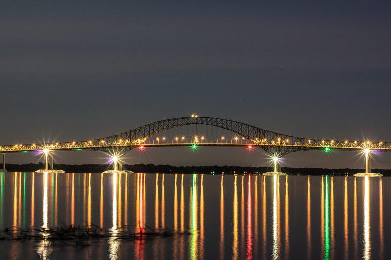 Cinquième position - Un pont la nuit - Bernard Ritchie